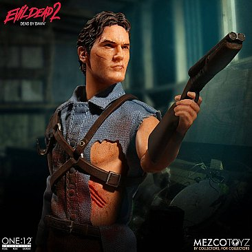 Evil Dead 2 Ash One:12 Collective Figure