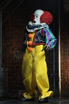 IT Pennywise 1990 Clothed Action Figure