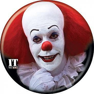 IT 1990 Pennywise Grin Button
