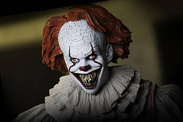 "IT Ultimate Well House Pennywise 7"" Scale Action Figure"